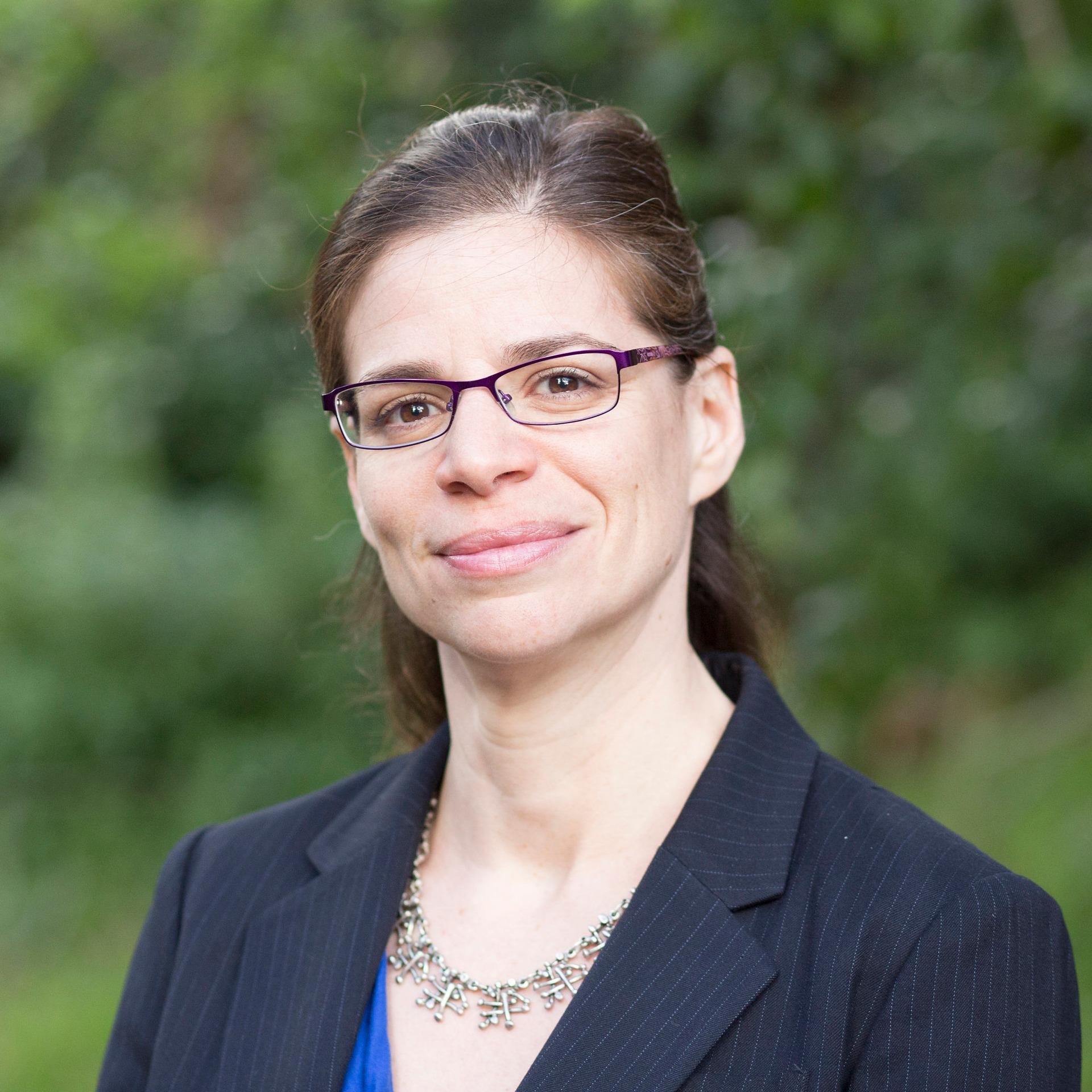 Assistant Professor Ariel H Bierbaum