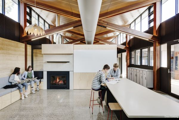 Woodleigh, Law Architects. Photo by Drew Echberg