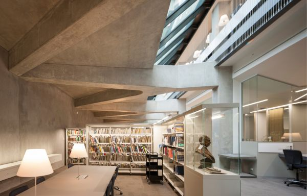 Melbourne School of Design Architecture Library, NADAAA + John Wardle Architects. Photo by John Horner.