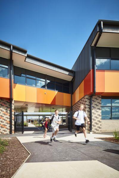 Officer Secondary College, ClarkeHopkinsClarke. Photo by Rhiannon Slatter